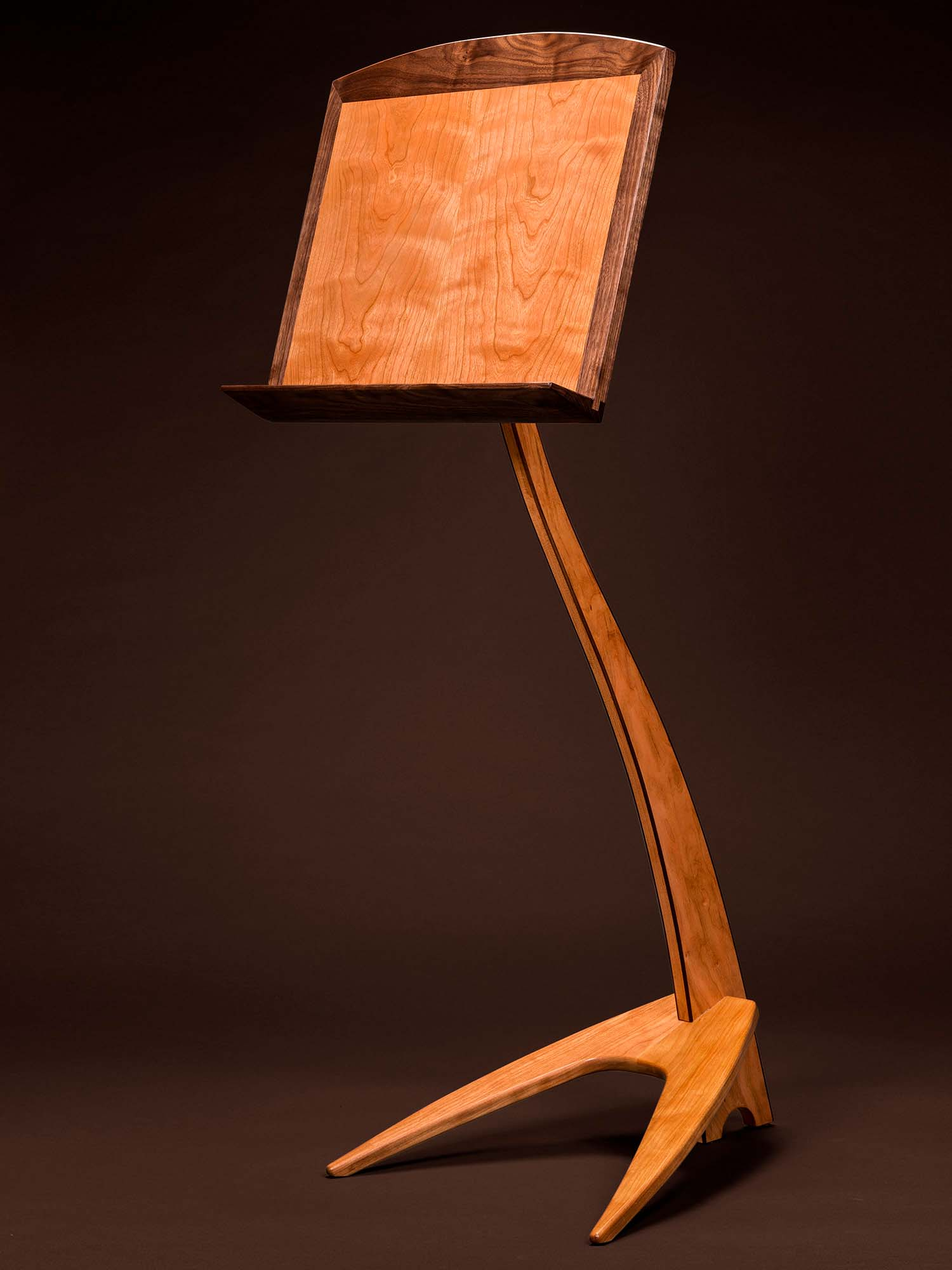 WM Music Stand in Cherry